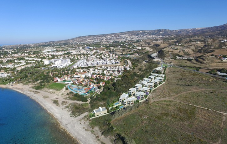 1InvestmentLand_Developtment_CoralBay_Peyia_Cyprus_view_montage62