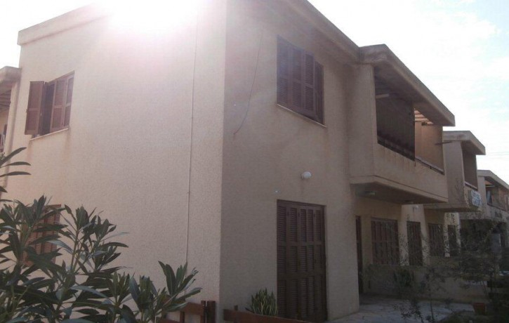 2-​BUILDING FOR SALE WITH 16 APARTMENTS NEAR THE BEACH, PAPHOS ~ EIC17​9C_Cyprus_InvestmentPropertyforSale